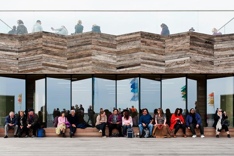 RIBA-stirling-prize-2017-winner-dRMM-hastings-pier-designboom-x7